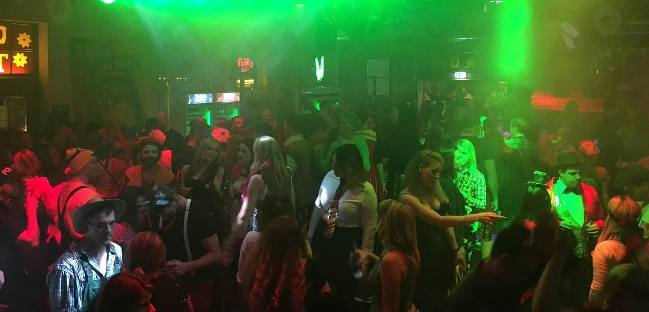 Club Bar Disco