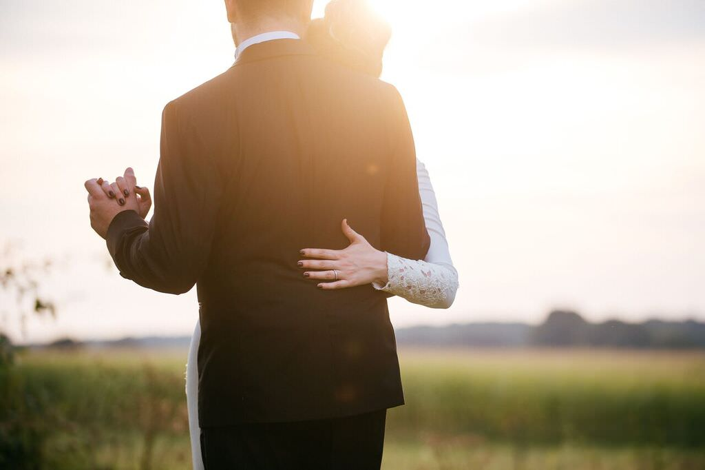 Die beide genießen Ihren großen Tag. Foto: Huy Nguyen Photographie /  I do weddings