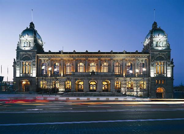 Die historische Stadthalle Wuppertal. Foto: Lars Langemeier