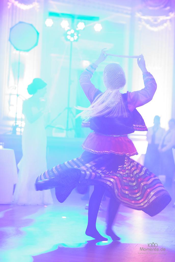 Traditioneller persischer Tanz in der historischen Stadthalle Wuppertal