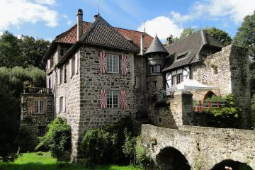 Loccation-Check: Burg Lede in Bonn-Vilich