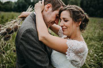 Herzliche Boho-Hochzeit von Gudula & Sebastian