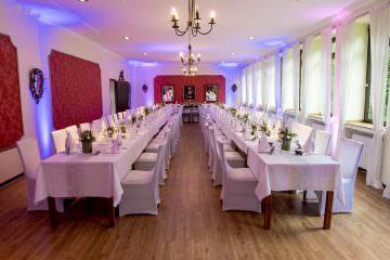 Kathrin & Paavo feierten im Schlosshotel Kommende Ramersdorf